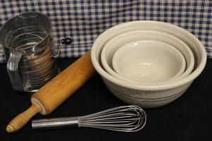 blue-stripe-bowl-set