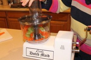 little-dutch-maid-carrots-cucumber