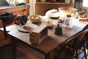 vintage-kitchens-43